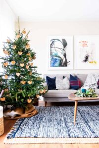 https://placeofmytaste.com/cozy-living-room-for-the-holidays-with-ikea/