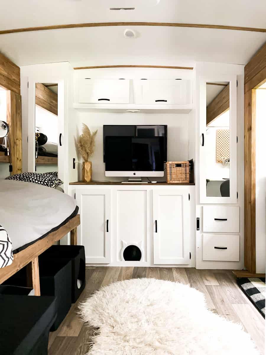 Bunkhouse for travel trailer