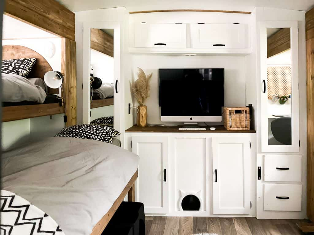 Beautiful bunkhouse in a camper. Gorgeous camper renovation.